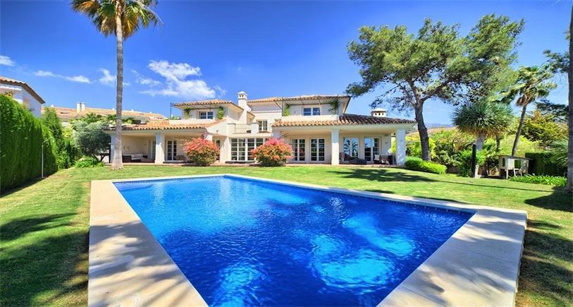 Villa for sale Marbella R2704001