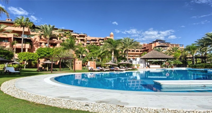 Apartment Estepona R2986661