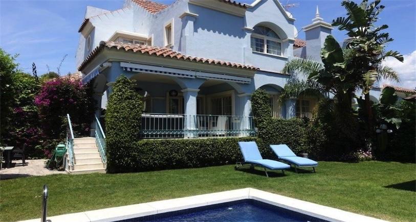 Villa Puerto Banus R2527412