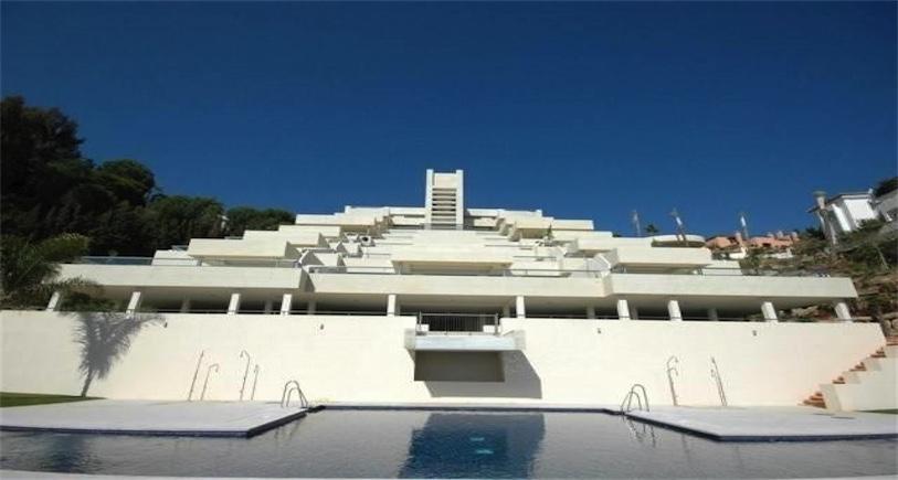 Apartment Nueva Andalucia R2258363