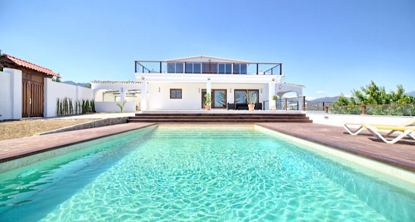 Villa for sale Estepona APR2481797