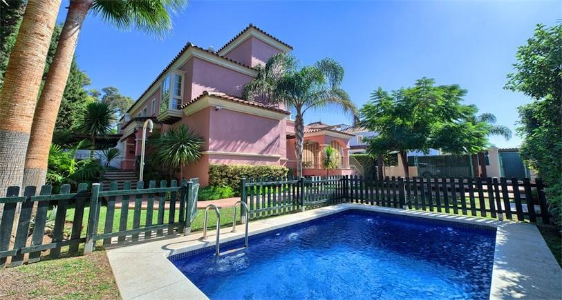 Villa Puerto Banus BP555