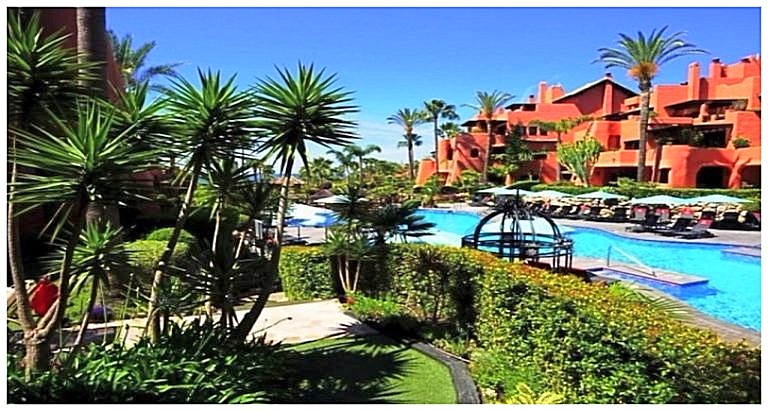 Apartment for sale Torre Bermeja, Estepona R3101215