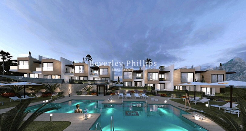 Townhouses in Golf Valley Nueva Andalucia