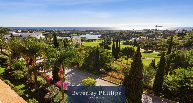 Luxury penthouse Royal Flamingos